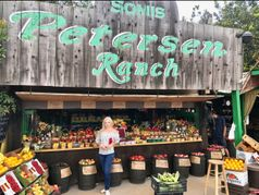 Petersen Ranch Fruit Stand